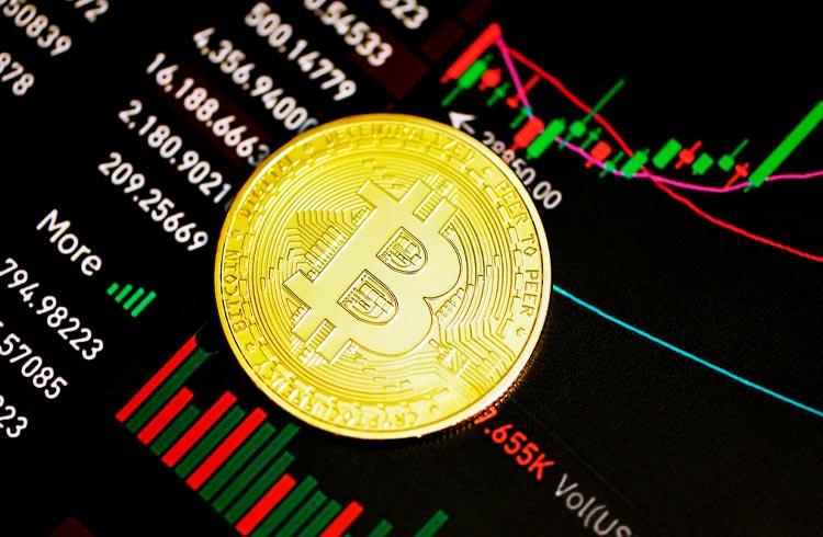Queda no Bitcoin leva ações da Coinbase ao menor nível este ano
