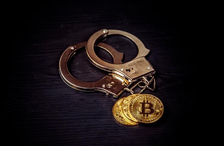 Suspeitos de usar cartões roubados para comprar criptomoedas são presos no Rio