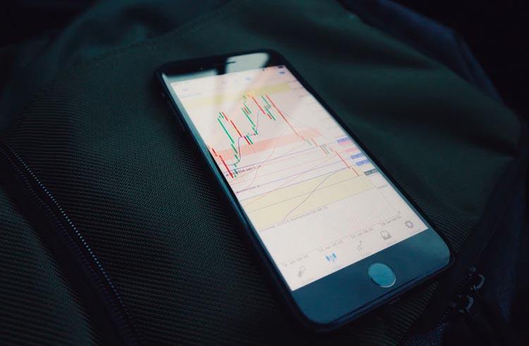 Token DeFi derrete 75% após ataque com empréstimo relâmpago