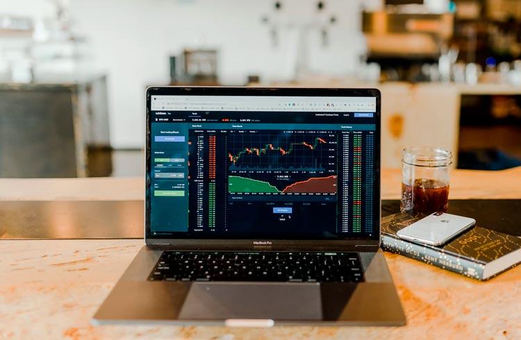 Trader aposta em MATIC e Solana para lucrar durante recuperação