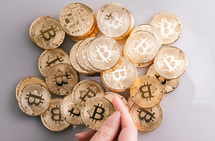 Vítimas das pirâmides VLOM e LBLV serão reembolsadas com Bitcoin