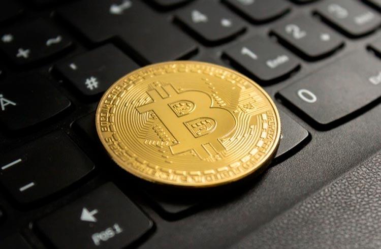 Bitcoin apaga ganhos recentes e criptomoedas derretem