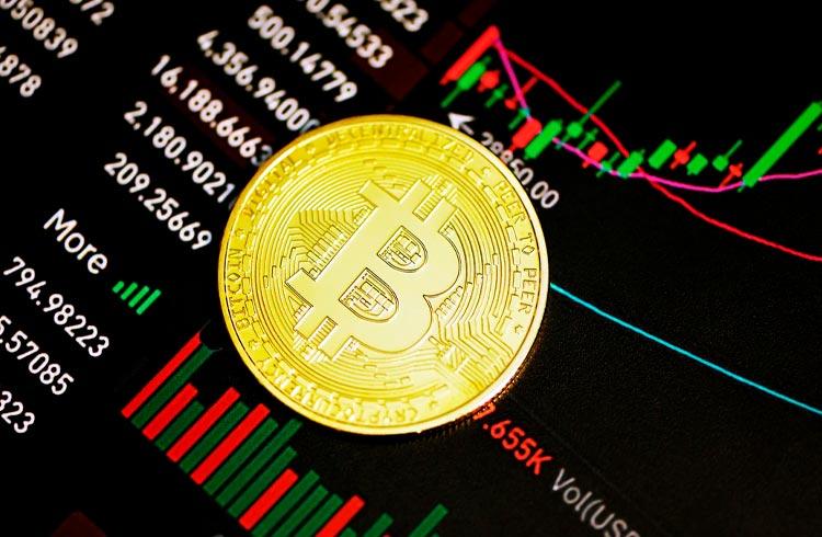 Bitcoin rompe suporte de US$ 30 mil e demais criptomoedas declinam
