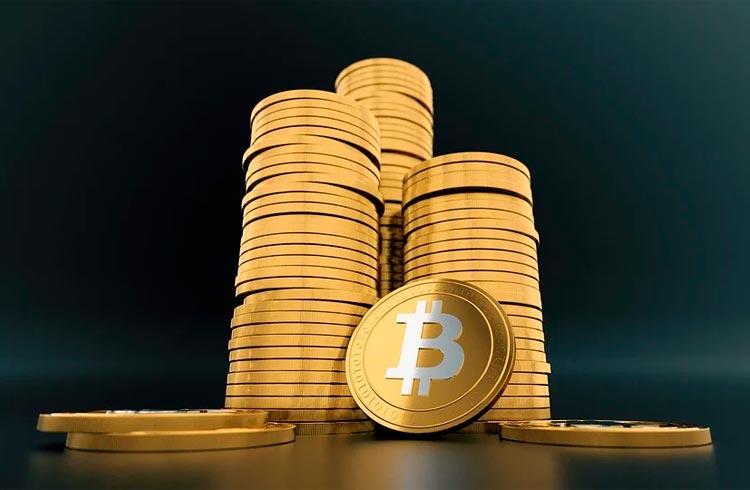 Bitcoin se mantém acima dos US$ 40.000; XRP salta 16%