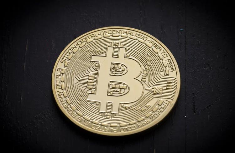 Bitcoin sofre impacto de R$ 8 bilhões; o que pode acontecer com o preço?
