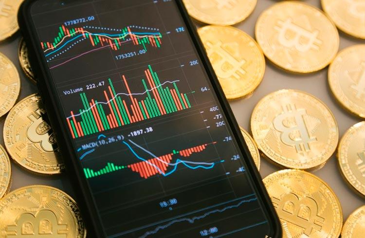 Bitcoin tem pior trimestre desde 2018, mas julho pode ser positivo