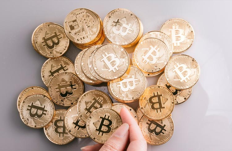 Demanda de Bitcoin faz PayPal aumentar limite semanal de compras