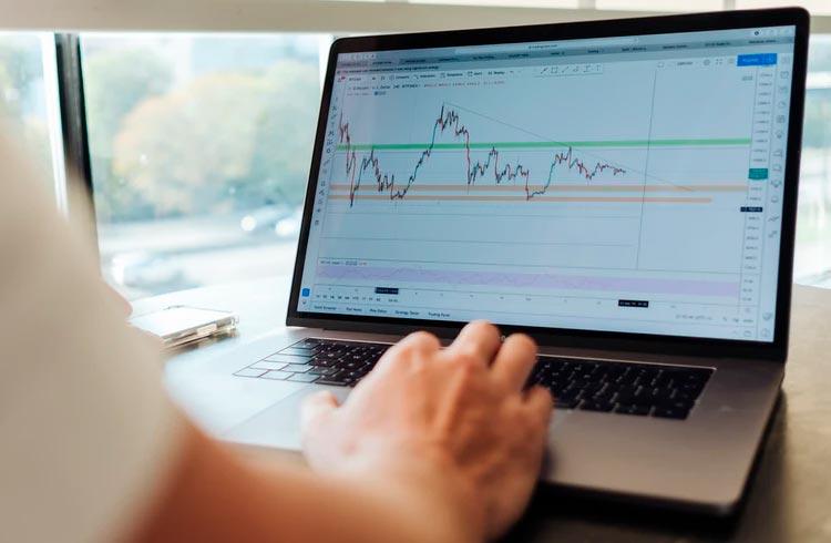 LUNA, CAKE e Atom: confira as previsões de preço