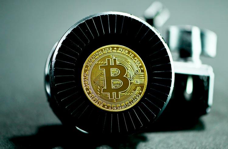 Protestos em El Salvador pedem fim do Bitcoin como moeda local