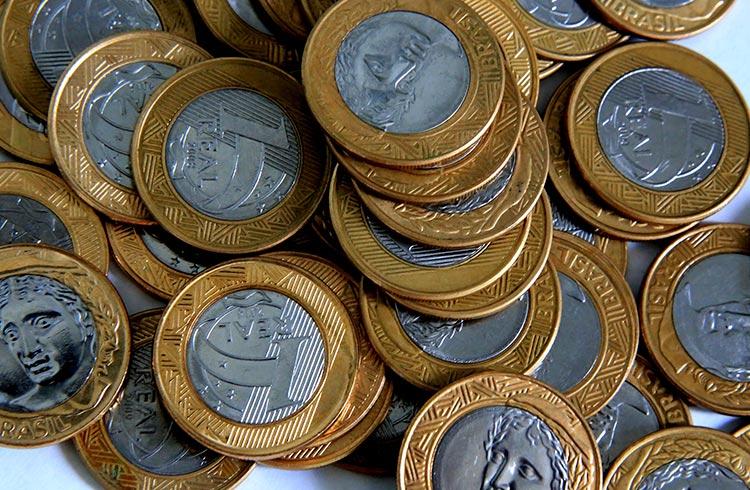 Real perde ganhos de junho enquanto Bitcoin valoriza