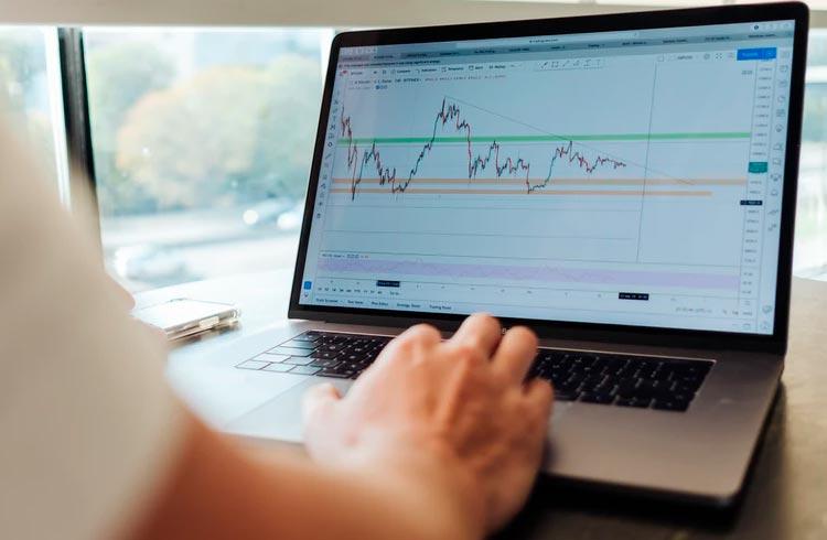 Trader afirma: SafeMoon está longe de se recuperar, não esperem alta