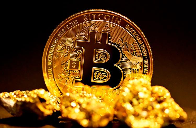 Bitcoin só vai superar o ouro daqui a centenas de anos, diz Fernando Ulrich