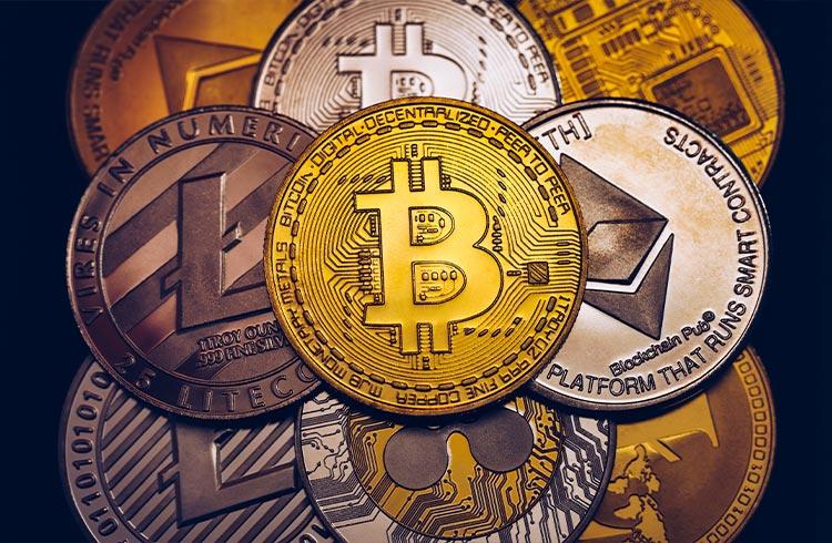 """Criptomoedas são """"calcanhar de Aquiles"""" no combate à lavagem de dinheiro, diz BC - Especialista comenta"""