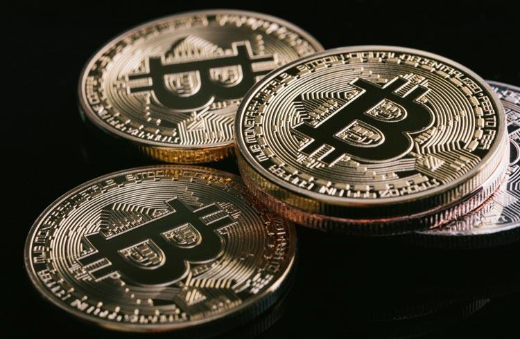 EUA terão ETF de Bitcoin até outubro, diz analista da Bloomberg