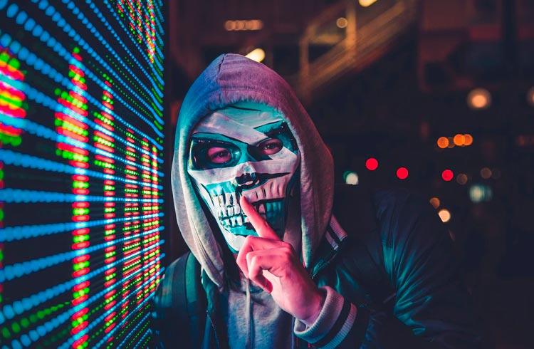 Hacker libera últimos fundos levados em ataque à Poly Network