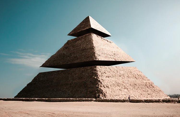 Supostas pirâmides do RJ movimentaram R$ 40 bilhões em 6 anos; saiba como evitar golpeSupostas pirâmides do RJ movimentaram R$ 40 bilhões em 6 anos; saiba como evitar golpe
