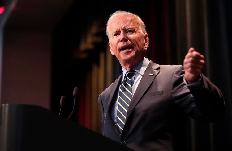 Biden planeja ações para dificultar acesso à criptomoedas por cibercriminosos