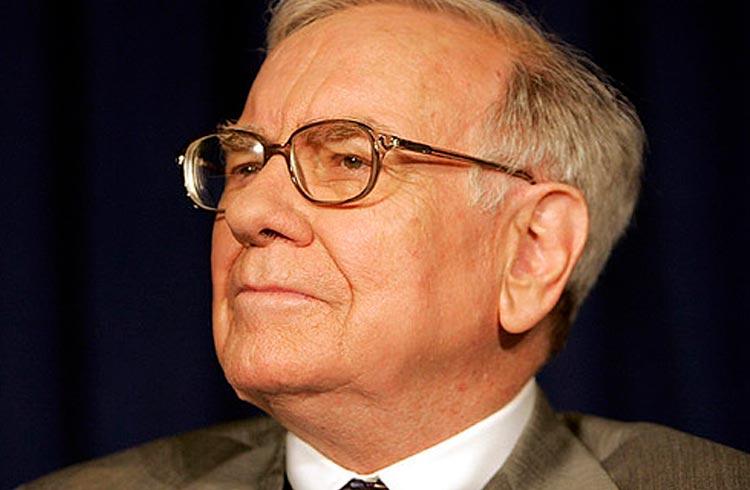 Criptomoeda que fez Warren Buffett 'morder a língua' tem potencial de transformar R$ 1.000 em R$ 100.000; tem um dela reservado para você