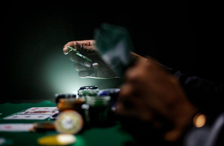 Decentral Games apresenta poker no formato play-to-earn