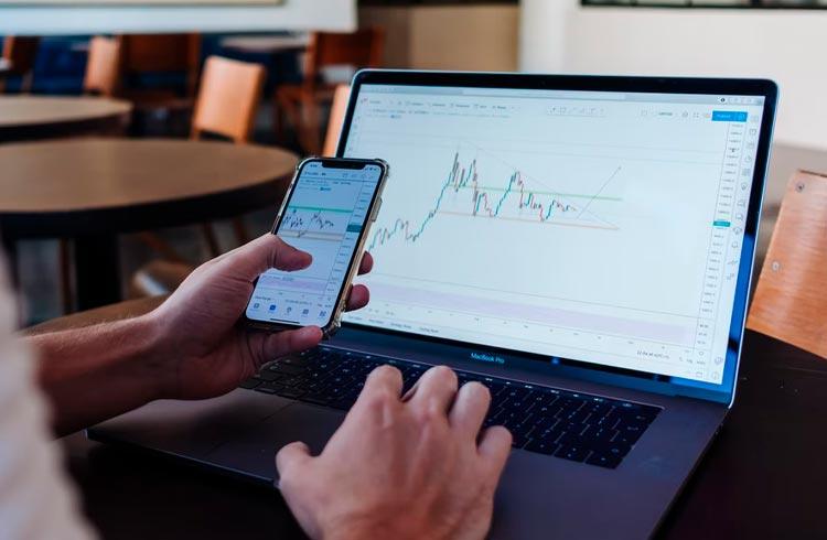 Em semana de baixa, tokens DeFi têm desempenho discreto; confira
