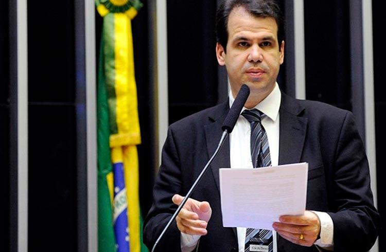 Aureo Ribeiro diz que Bitcoin vai ser moeda no Brasil