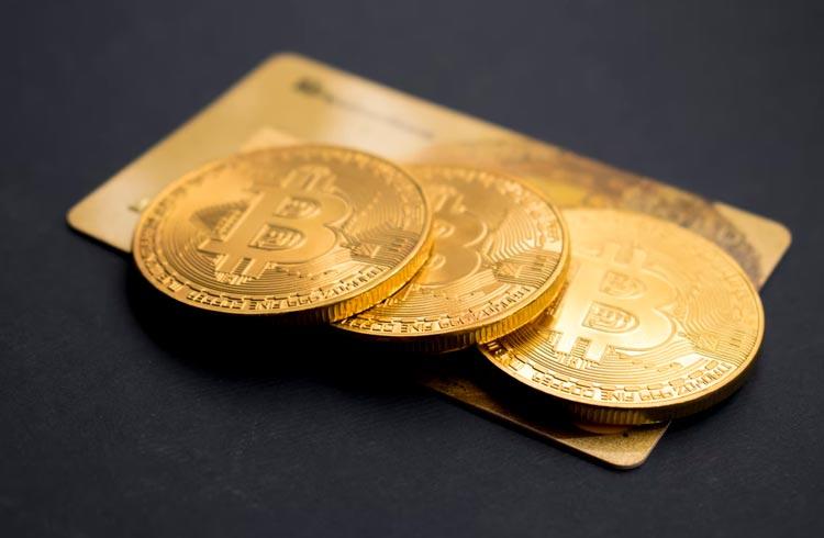 Bitcoin será moeda legal em cinco países até 2022, diz CEO da BitMEX; veja possíveis candidatos