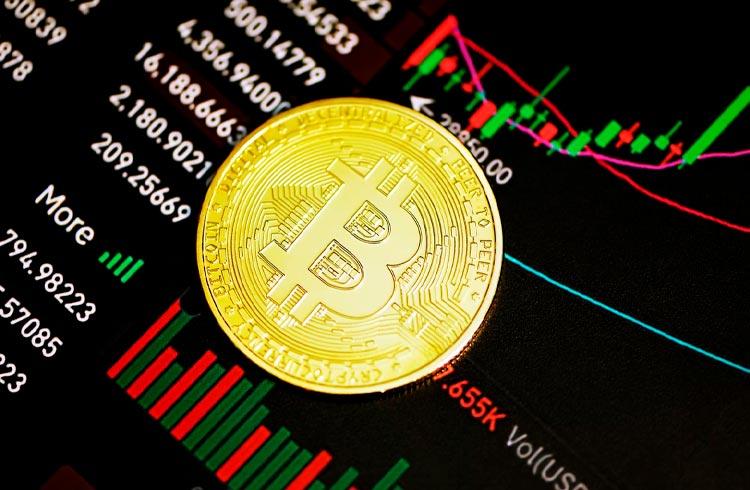 Bitcoin sobe 8% e sinaliza recuperação do mercado. Token AXS chega aos US$ 86