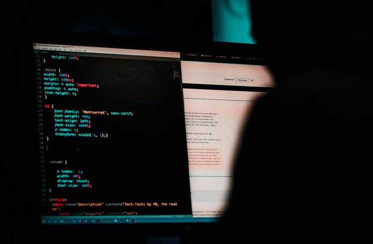 Milhares de contas da Coinbase hackeadas devido à vulnerabilidade