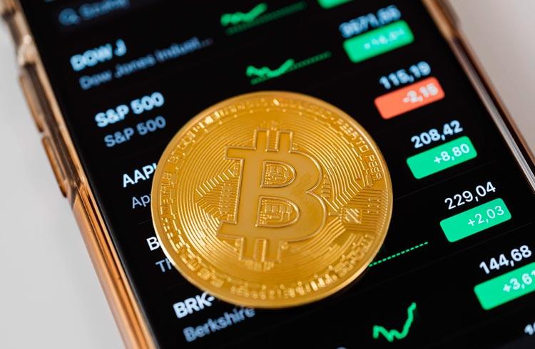 Ordem de venda faz preço do Bitcoin cair 10% na Bitstamp