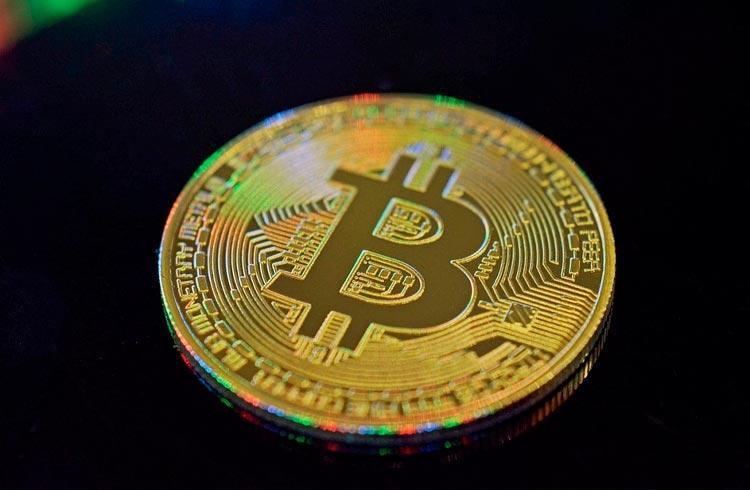 Preço do Bitcoin passa de US$ 55 mil pela primeira vez desde maio