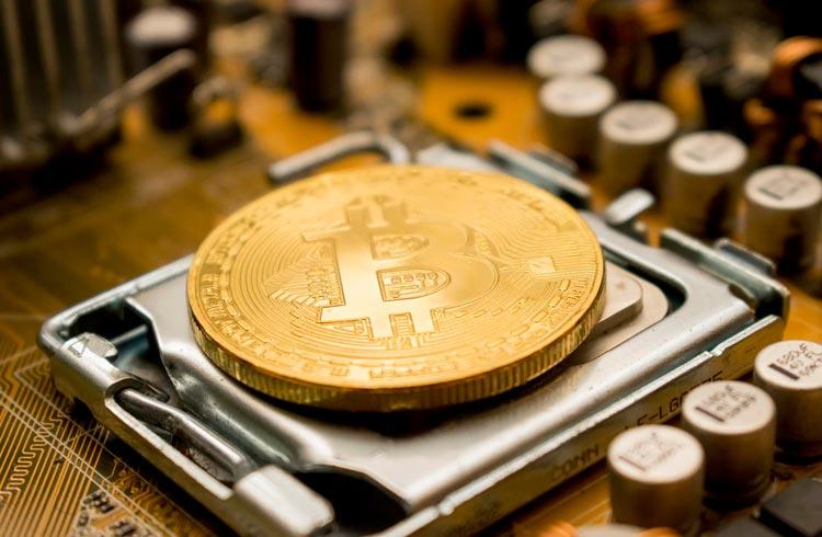 Saída de mineradores de Bitcoin da China começa a prejudicar fornecimento de energia na Russia